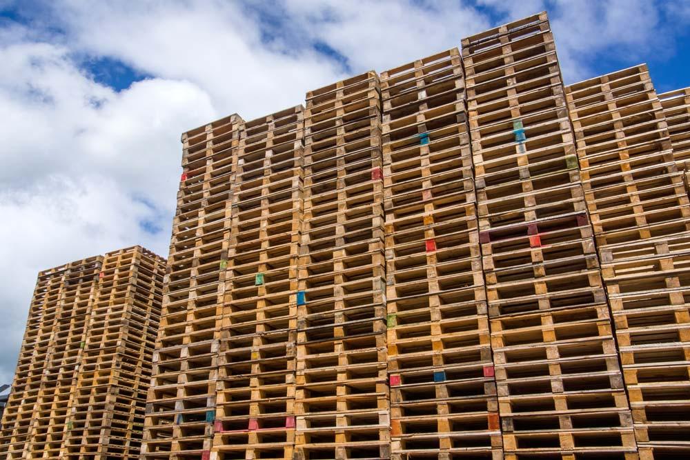 Standard 1200 x 1000 4 way pallets - stock