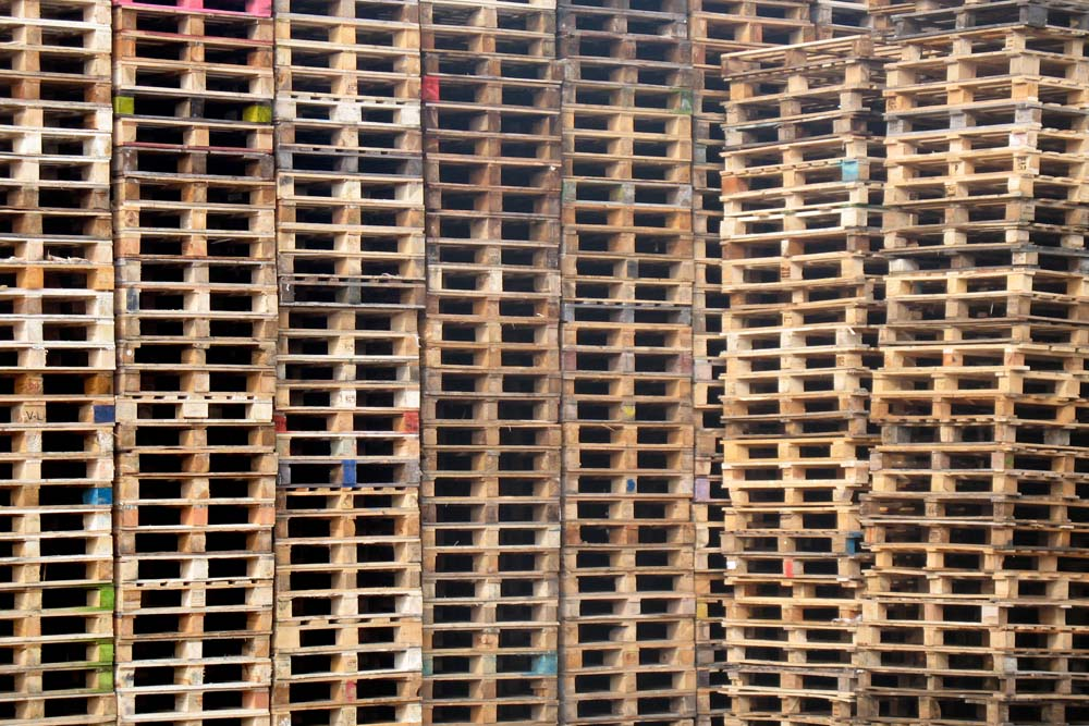 wooden-pallet-stack-2